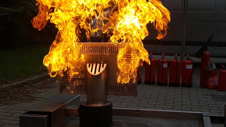 szkolenie ppoż z trenażerem pożaru