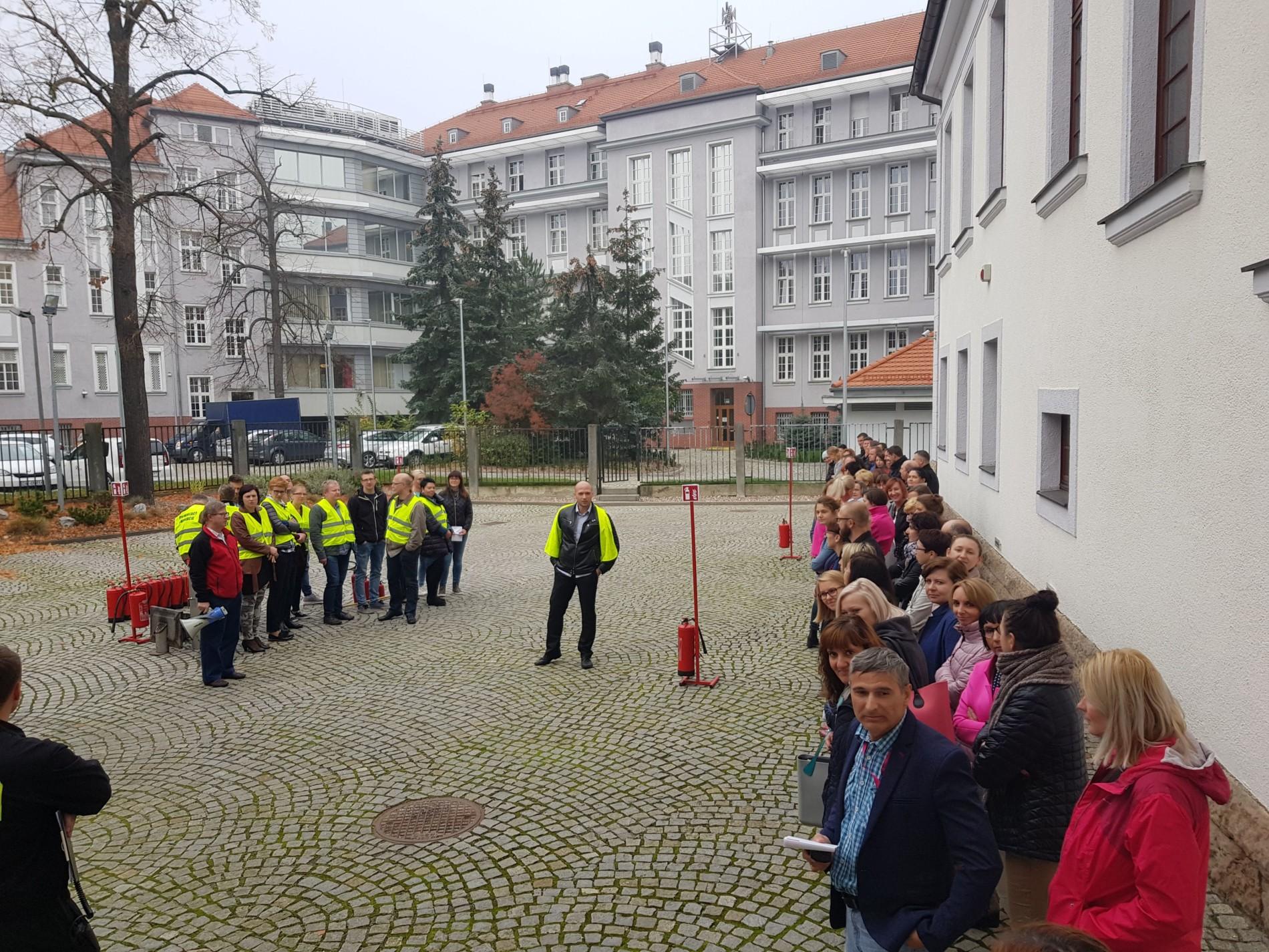 Próbna ewakaucja budynku