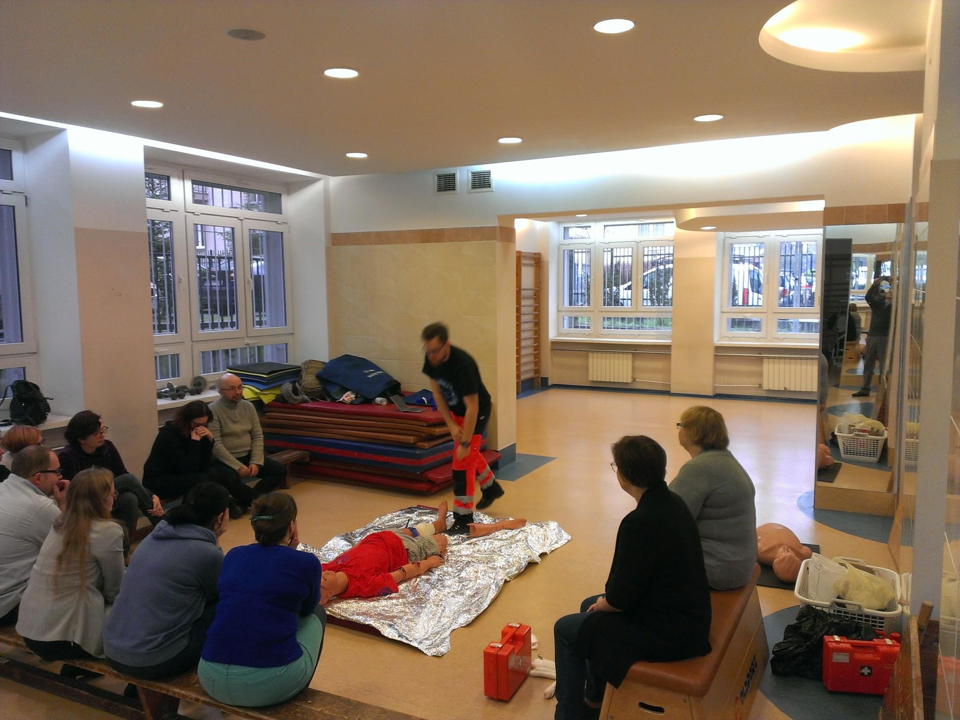 szkolenie pierwsza pomoc warszawa szkolenie z opatrywania ran